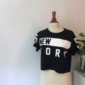 Black cropped New York t shirt